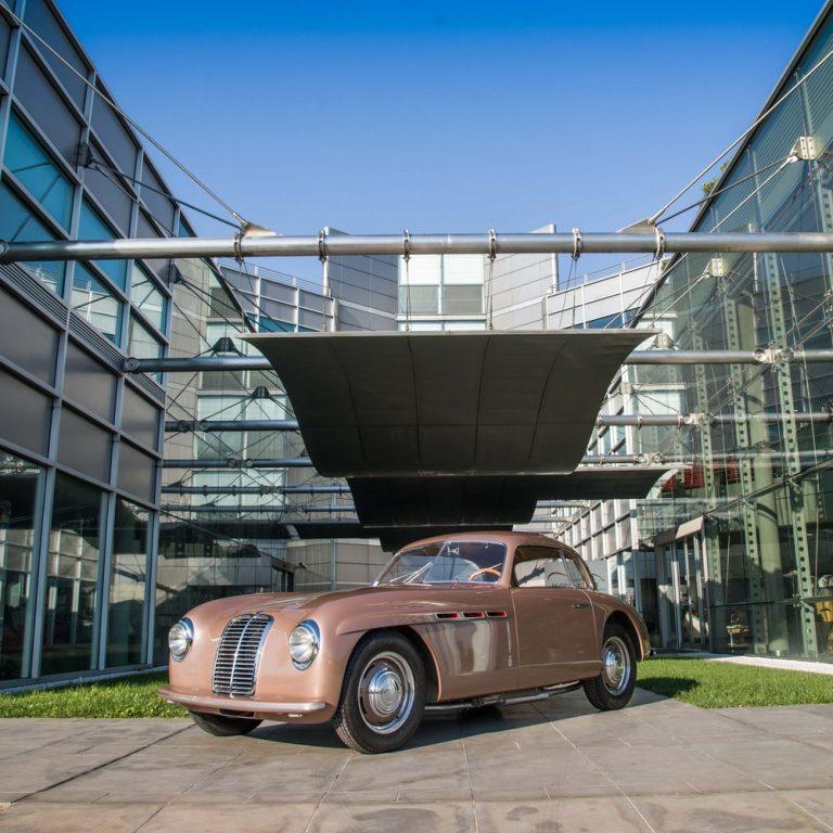 מוזיאון המכוניות ניקוליס